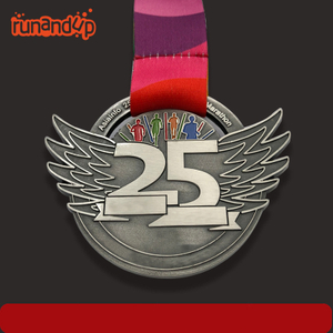 RU81117 Metal Silver 3D Marathon Sports Medal with Customized Design