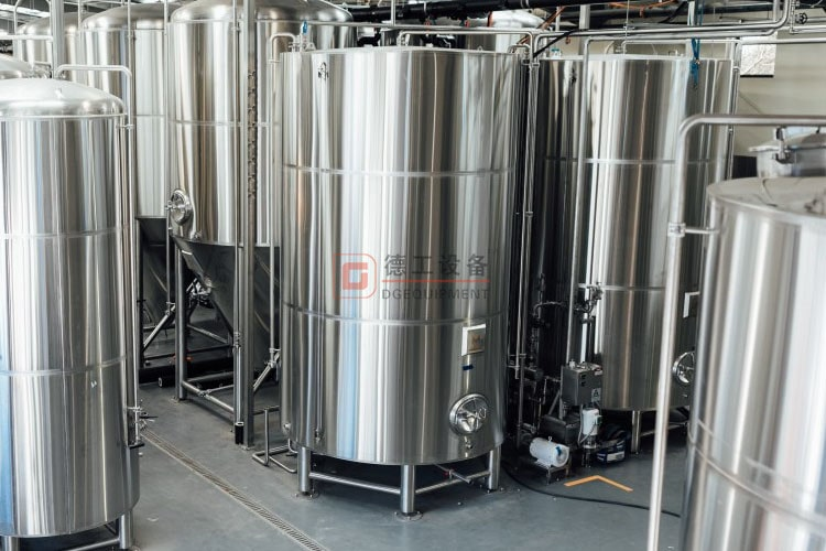 beer tanks-min